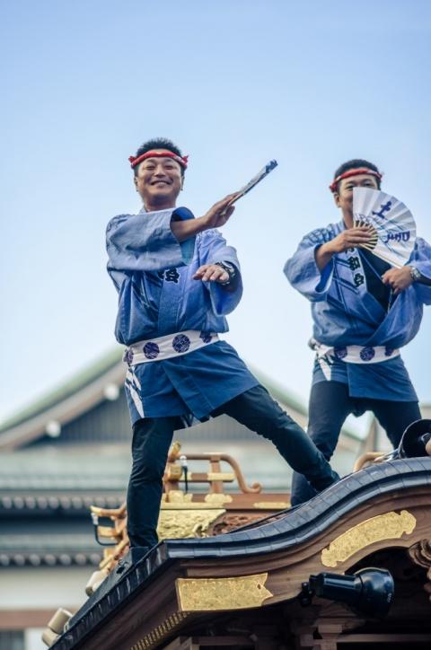 Photo of dancing Japanese man